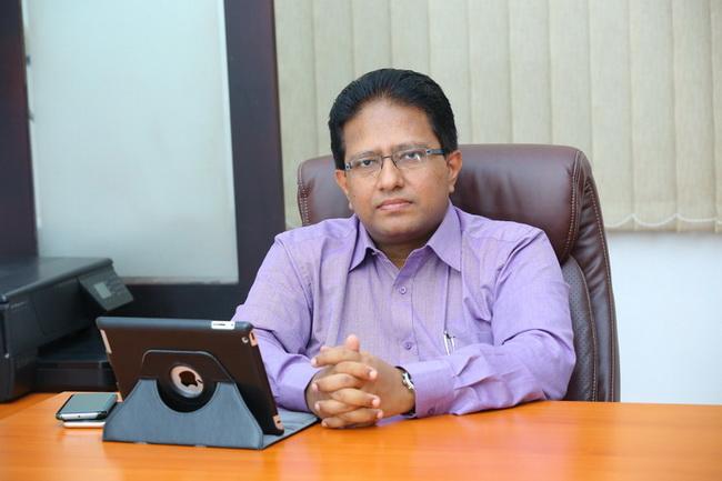 Dr.Rajiv Verghese